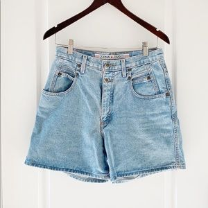Zena vintage light wash denim high waisted shorts